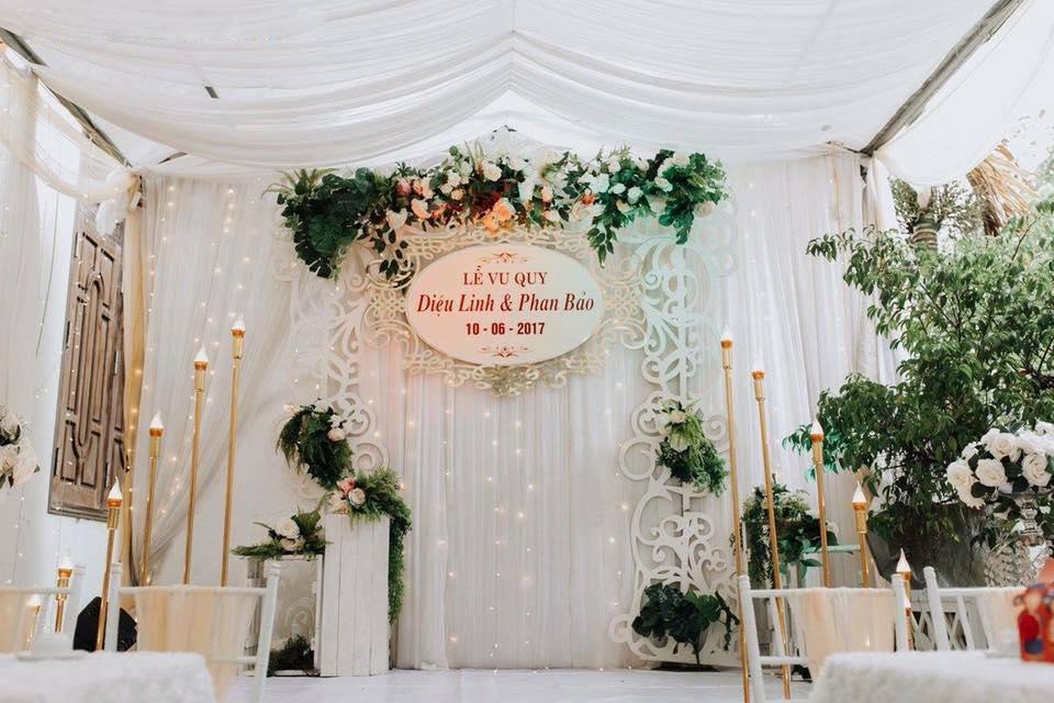 mẫu backdrop đám cưới đẹp